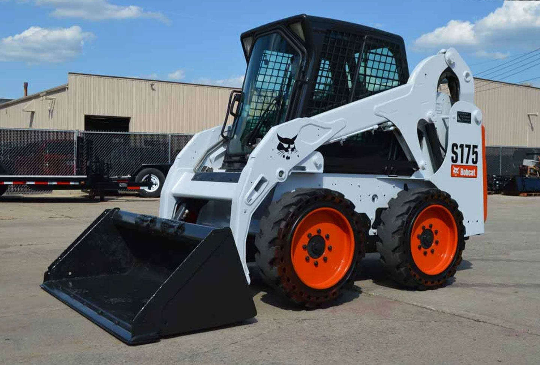 Gépi földmunka - Bobcat S175